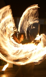 Feuerkünstlerin bei www.artist-fabrik.de